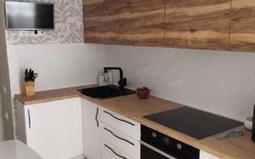 1-комнатная квартира, 52 м² помесячно, Отырар 2 — проспект Республики за 120 000 〒 в Нур-Султане (Астана), р-н Байконур