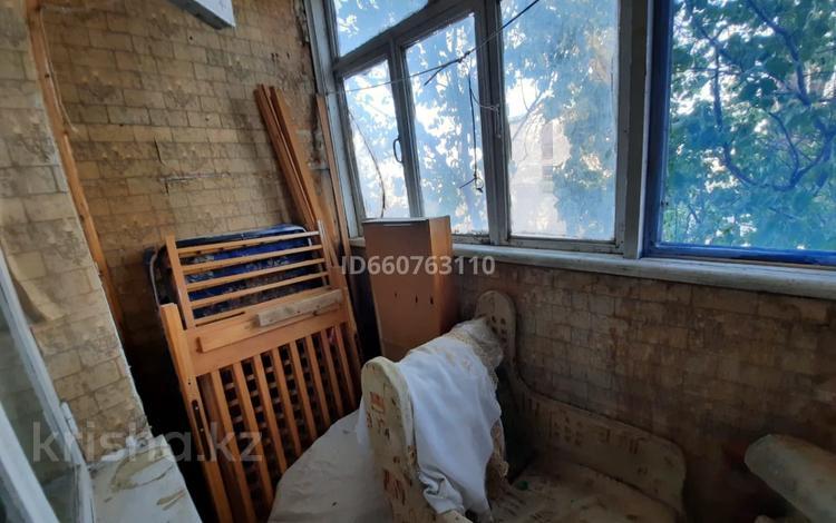 3-комнатная квартира, 62.7 м², 2/3 этаж, мкр Ынтымак , Инкардария за 9.6 млн 〒 в Шымкенте, Абайский р-н