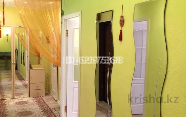 4-комнатная квартира, 95 м², 4/5 этаж, 7-й мкр 17 — Самолетик за 27 млн 〒 в Актау, 7-й мкр