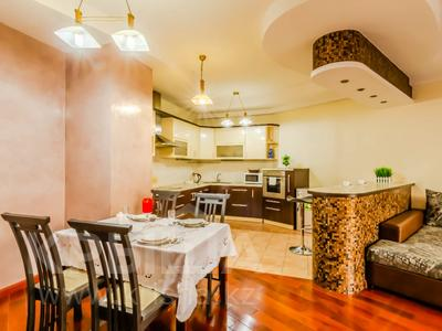 2-комнатная квартира, 90 м², 9/30 этаж посуточно, Аль-Фараби 7 за 25 000 〒 в Алматы — фото 8