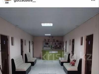 Здание, площадью 200 м², Улица Жуковского — Жибек жолы за 50 млн 〒 в Туркестане