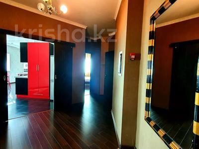 2-комнатная квартира, 85 м², 19/41 этаж посуточно, Достык 5 — Сауран за 10 000 〒 в Нур-Султане (Астана), Есиль р-н — фото 8