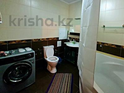 2-комнатная квартира, 85 м², 19/41 этаж посуточно, Достык 5 — Сауран за 10 000 〒 в Нур-Султане (Астана), Есиль р-н — фото 10