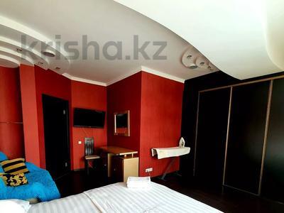 2-комнатная квартира, 85 м², 19/41 этаж посуточно, Достык 5 — Сауран за 10 000 〒 в Нур-Султане (Астана), Есиль р-н — фото 6