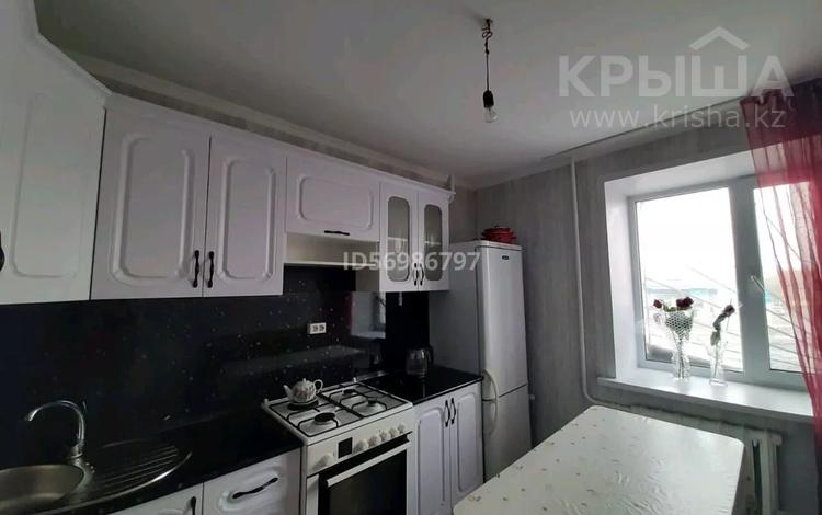 2-комнатная квартира, 49 м², 2/9 этаж, Ул.Титова 128А за 10 млн 〒 в Семее