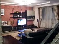 5-комнатный дом помесячно, 237 м², 4 сот.