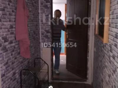 2-комнатная квартира, 42 м², 1/5 этаж, мкр Алатау (ИЯФ) 43 — Жетбаева за 10.5 млн 〒 в Алматы, Медеуский р-н — фото 3