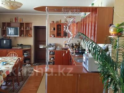 9-комнатный дом, 430 м², 10 сот., Проезд Комратова 14 — Ташкенская за 65 млн 〒 в Таразе — фото 6