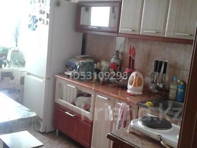 3-комнатная квартира, 64 м², 9/9 этаж, 5 микро-район 1 за 6.5 млн 〒 в Риддере