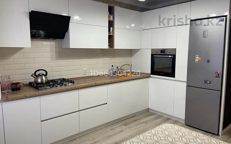 3-комнатная квартира, 66 м², 2/6 этаж, Юбилейный за 22 млн 〒 в Костанае