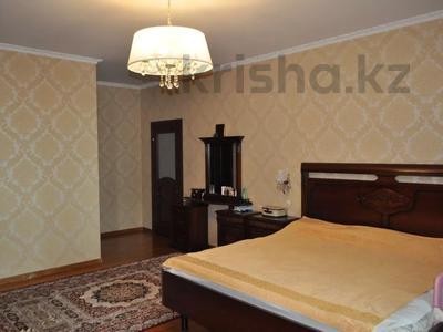 4-комнатная квартира, 220 м², 12/18 этаж, Курмангазы 145 — Муканова за 121 млн 〒 в Алматы, Алмалинский р-н — фото 13