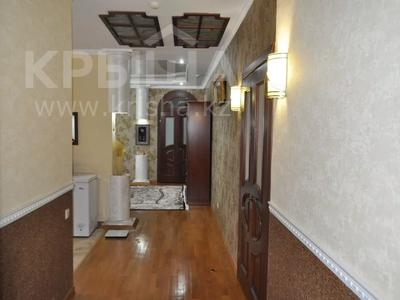 4-комнатная квартира, 220 м², 12/18 этаж, Курмангазы 145 — Муканова за 121 млн 〒 в Алматы, Алмалинский р-н — фото 3