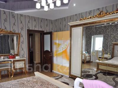 4-комнатная квартира, 220 м², 12/18 этаж, Курмангазы 145 — Муканова за 121 млн 〒 в Алматы, Алмалинский р-н — фото 6