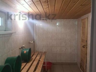 6-комнатный дом, 275 м², 10 сот., С. Ганюшкино 16 — ул. Альжанова(Шмидта) за 30 млн 〒 в Атырау — фото 6
