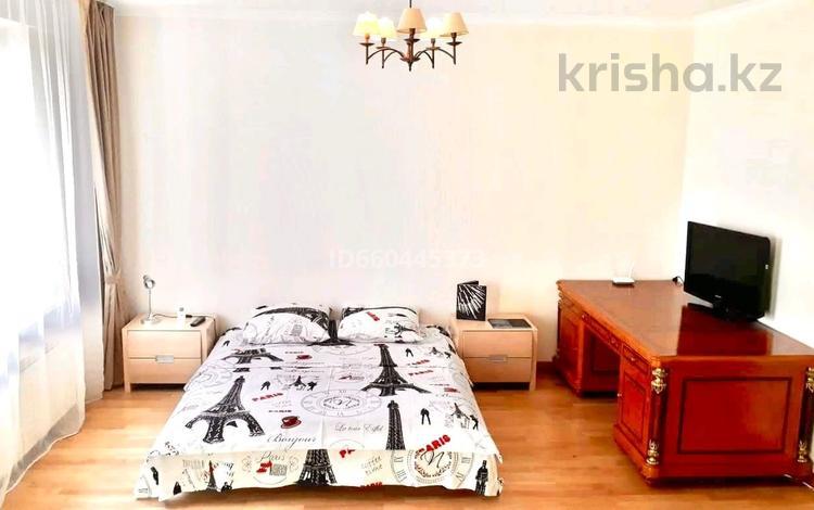 1-комнатная квартира, 55 м² по часам, Пригородный, Достык 13/1 — Туркестан за 2 000 〒 в Нур-Султане (Астана), Есиль р-н