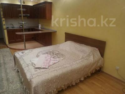 1-комнатная квартира, 45 м², 2/15 этаж по часам, Хусаинова 225 за 1 500 〒 в Алматы, Бостандыкский р-н — фото 2