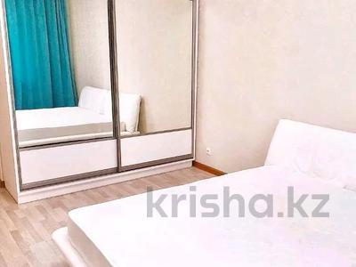 3-комнатная квартира, 120 м², 5/12 этаж помесячно, Розыбакиева 247 — Левитана за 300 000 〒 в Алматы