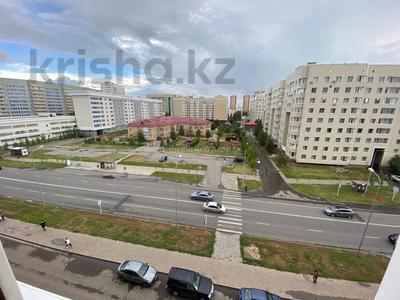 3-комнатная квартира, 80 м², 6/9 этаж, Сауран 12/1 — Алматы за 34 млн 〒 в Нур-Султане (Астана), Есиль р-н — фото 10