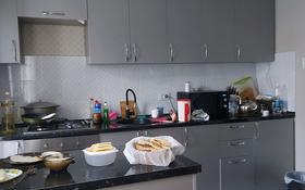 3-комнатный дом, 80 м², 3 сот., мкр Казахфильм, Каблукова 229б — Аль-фараби за 35 млн 〒 в Алматы, Бостандыкский р-н