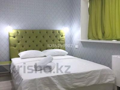 1-комнатная квартира, 35 м², 36/36 этаж посуточно, Достык 5 — Сауран за 10 000 〒 в Нур-Султане (Астана), Есиль р-н