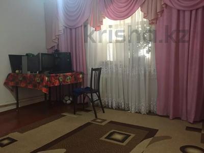4-комнатный дом, 67 м², 6.5 сот., Проезд Кабылбека Сарымолдаева 6 — Чапаевка за 12 млн 〒 в Шымкенте, Енбекшинский р-н — фото 3