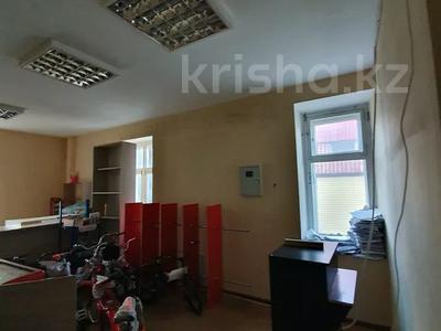 Магазин площадью 155 м², проспект Нурсултана Назарбаева 6 за 83 млн 〒 в Усть-Каменогорске — фото 17