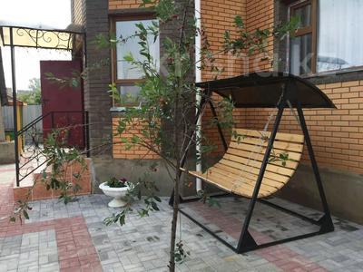 8-комнатный дом посуточно, 260 м², Казахстанская за 100 000 〒 в Бурабае — фото 2