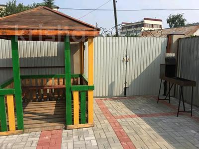 8-комнатный дом посуточно, 260 м², Казахстанская за 100 000 〒 в Бурабае — фото 4