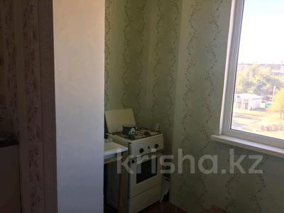 1-комнатная квартира, 33.3 м², 4/5 этаж, Аскарова 275 а за 4.3 млн 〒 в Таразе — фото 3