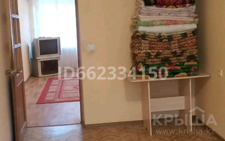 3-комнатная квартира, 58 м², 1/5 этаж помесячно, улица Баймуханова 48 за 90 000 〒 в Атырау