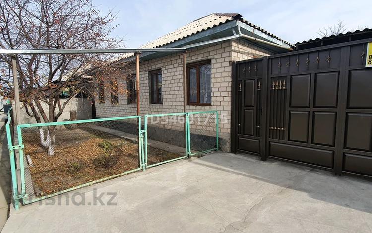 6-комнатный дом, 130 м², 6 сот., М.Шынтаева — Шекара за 13.8 млн 〒 в Жаркенте