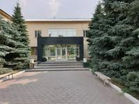 Здание, площадью 2082 м²