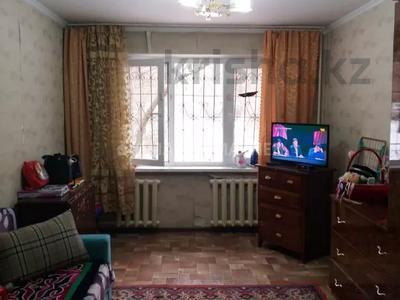 2-комнатная квартира, 43 м², 1/4 этаж, мкр №8 — Абая за 15 млн 〒 в Алматы, Ауэзовский р-н — фото 2
