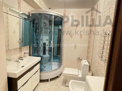 4-комнатная квартира, 181 м², 5/10 этаж на длительный срок, Ауэзова 163А — бульвар Бухар Жырау за 500 000 〒 в Алматы, Бостандыкский р-н