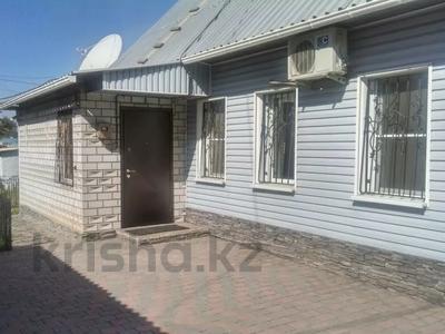 5-комнатный дом, 91 м², 5 сот., Исы Байзакова 386 — Амангельды за ~ 22.5 млн 〒 в Павлодаре