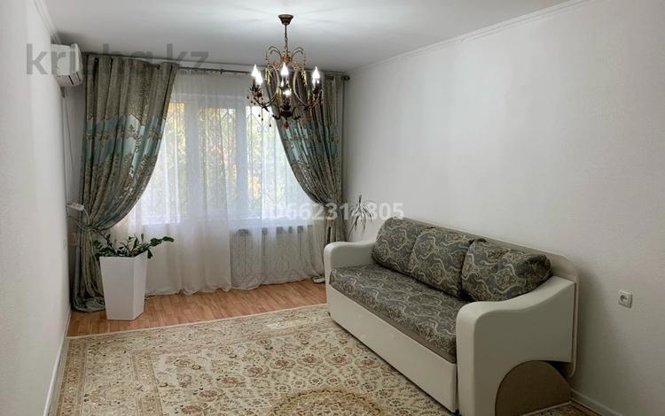 2-комнатная квартира, 58.8 м², 2/5 этаж, 12-й микрорайон, 12-й микрорайон 30 за 17 млн 〒 в Шымкенте, Енбекшинский р-н