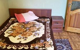 2-комнатная квартира, 53 м², 3/5 этаж на длительный срок, 15-й микрорайон 15 — Ауэзова за 90 000 〒 в Семее