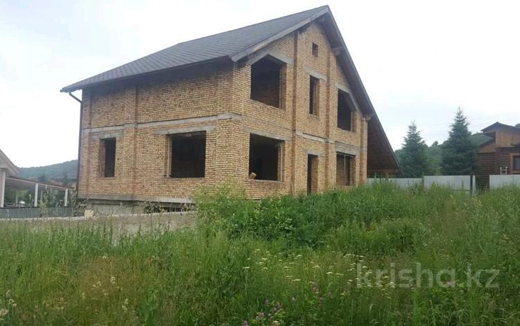 6-комнатный дом, 326 м², 8 сот., Садовая за 47 млн 〒 в