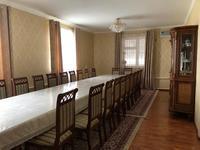 7-комнатный дом, 200 м², 15 сот., Толе би 124 за 40 млн 〒 в
