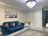 1-комнатная квартира, 55 м², 3/9 этаж посуточно, Кулманова 107 за 14 000 〒 в Атырау