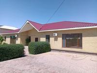5-комнатный дом, 350 м², 8 сот., мкр Атырау за 70 млн 〒
