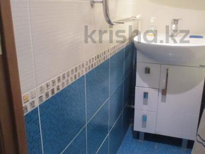 3-комнатная квартира, 61 м², 5/5 этаж, 3-й микрорайон 18 за 4.8 млн 〒 в Лисаковске — фото 6