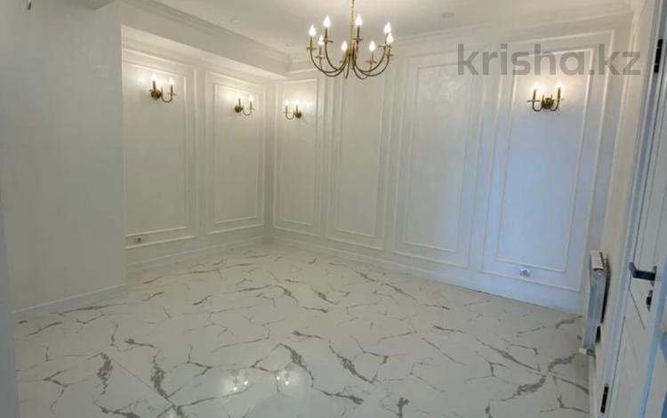2-комнатная квартира, 60 м², 9/10 этаж, 12-й мкрн 26 за 32.5 млн 〒 в Алматы, Ауэзовский р-н