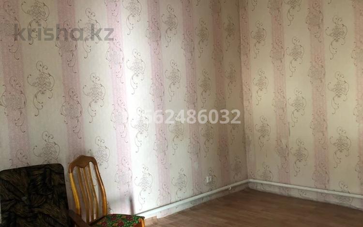 2-комнатный дом помесячно, 72 м², Жамбыл 60 за 45 000 〒 в Актобе, Старый город