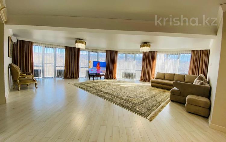 3-комнатная квартира, 181 м², 4/11 этаж, Казыбек би 43/9 за ~ 120 млн 〒 в Алматы, Медеуский р-н