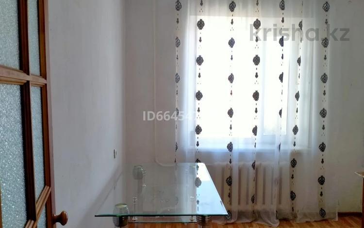 2-комнатная квартира, 60 м², 6/10 этаж помесячно, мкр Майкудук, Голубые пруды за 85 000 〒 в Караганде, Октябрьский р-н