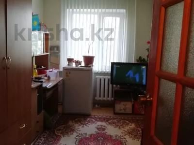 2-комнатная квартира, 48 м², 3/5 этаж, Тургенева — Абая за 7 млн 〒 в Актобе, мкр 5 — фото 6