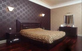 2-комнатная квартира, 52 м², 8/12 этаж посуточно, Сауран 3/1 за 10 000 〒 в Нур-Султане (Астана), Есильский р-н