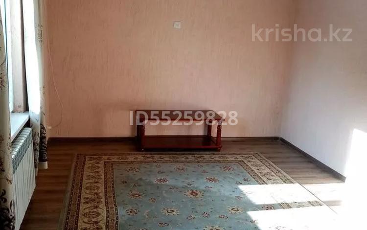 1-комнатный дом помесячно, 40 м², мкр Достык за 65 000 〒 в Алматы, Ауэзовский р-н