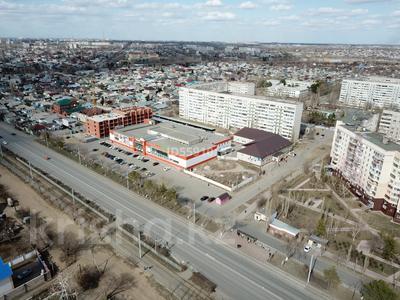 Здание, площадью 1408 м², Проспект Назарбаева 285/1 за 300 млн 〒 в Павлодаре — фото 9